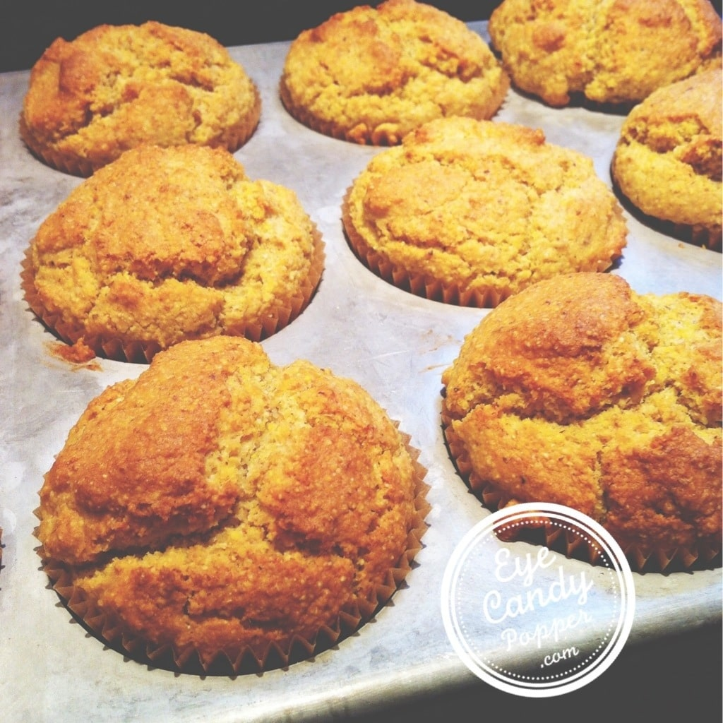 cornbread muffins - eyecandypopper.com