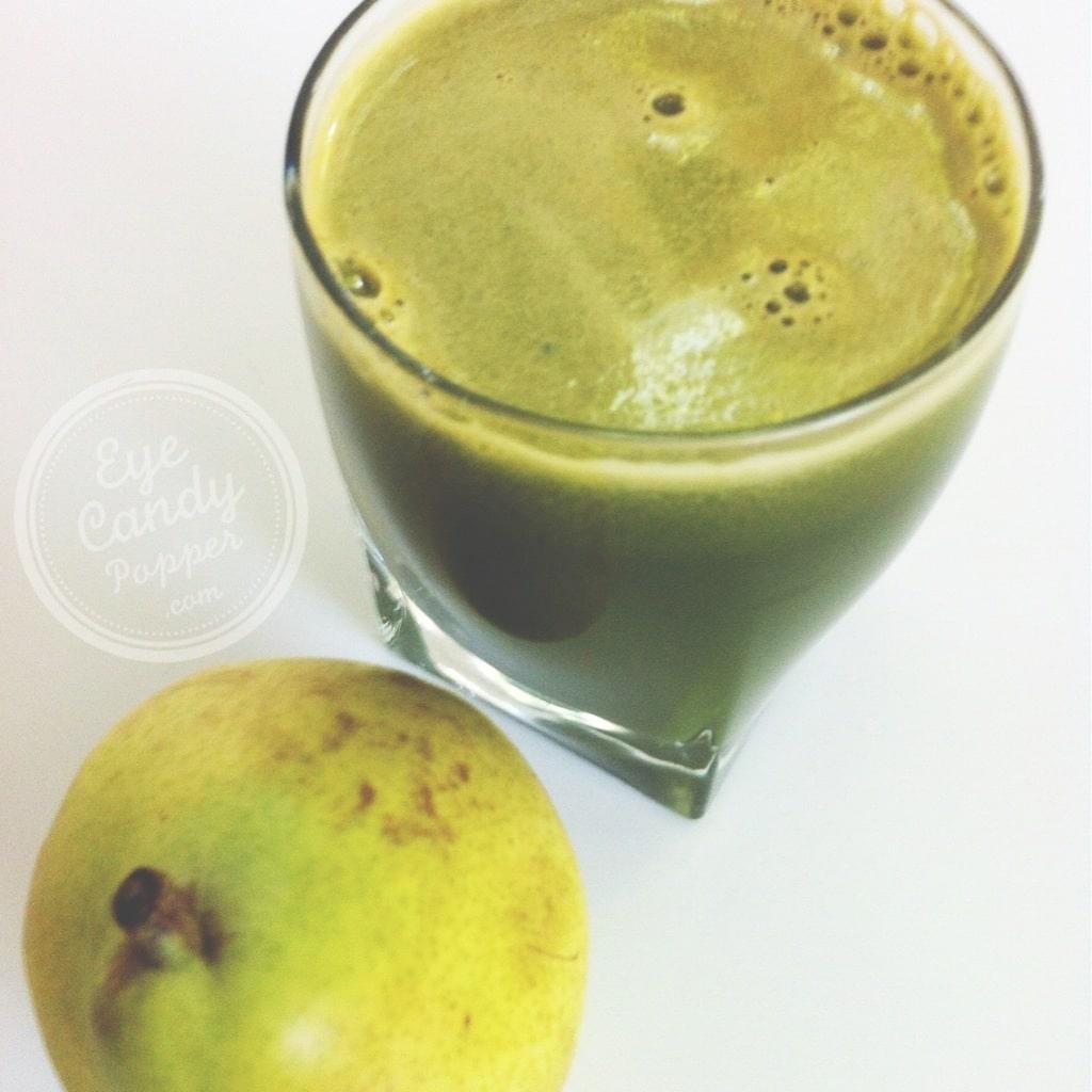 pear, spinach green juice.jpg