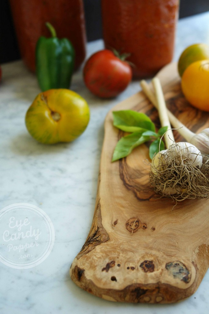 Heirloom tomatoes and Vegetable spaghetti sauce (vegan, gluten-free) 2