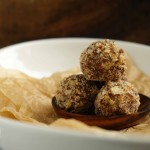 Cashew Truffles (vegan, paleo, gluten-free, no sugar added)