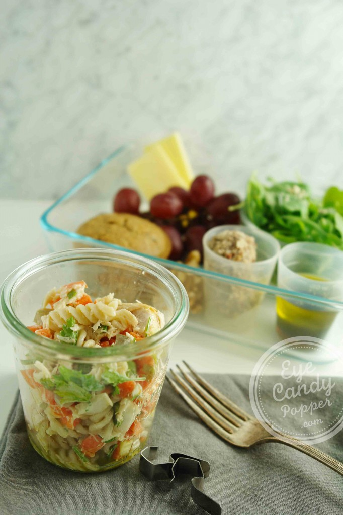 Meatless Monday Special Lunch Edition: Tuna pasta salad (vegetarian, gluten-free)